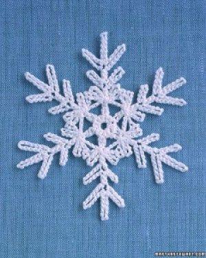 Martha Stewart Snowflake free crochet pattern - Free Crochet Snowflake Patterns - The Lavender Chair