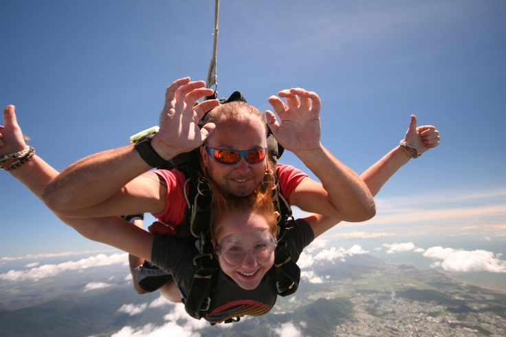 jumping out of a plane 14 000 ft in the air