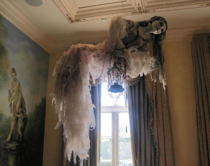 652 best images about haunted house on pinterest haunted for Ghost decoration ideas