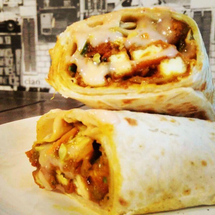 #paneeroll #roll #punefoodies #bannerfoods #pashan #werollin !