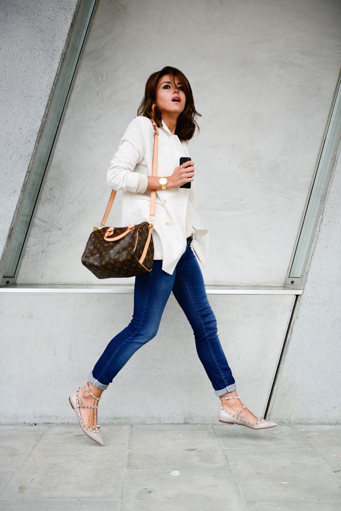 Skinny Jeans + Valentino Rockstud Flats - Lovely Pepa