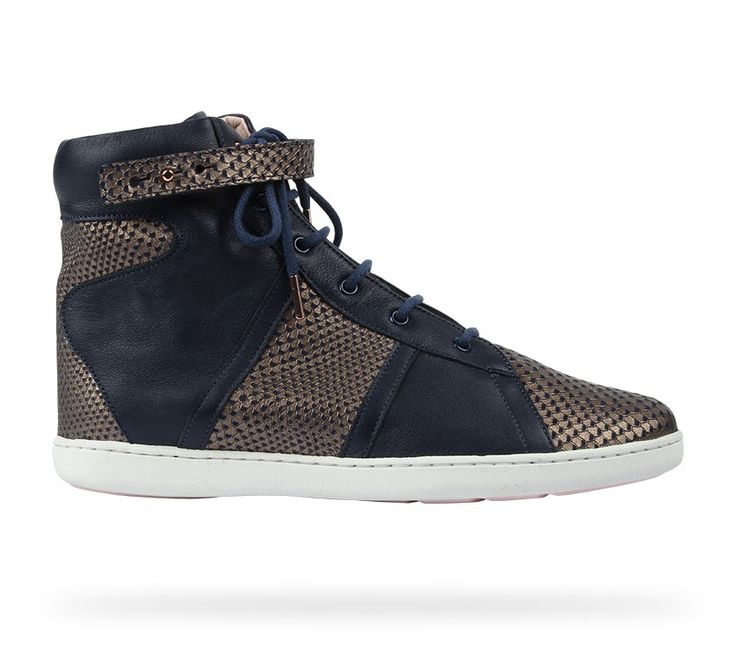 High top sneaker Royale Classic blue Nappa calfskin and Viper effect by Repetto - Collection fall-winter 2014. #Repetto #RepettoSneakers #RepettoRunners