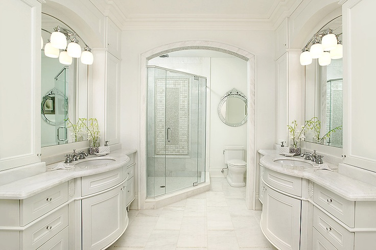 Segreti design girls shared bathroom king city house for Shared bathroom layout