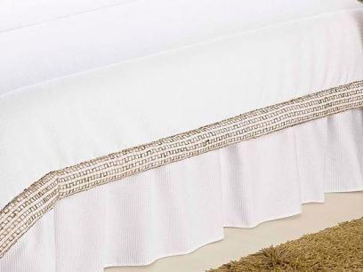 Kit Enxoval Nobre Queen Size 7 Peças - Branco - A Criativa com as melhores condições você encontra no Magazine Siarra. Confira!