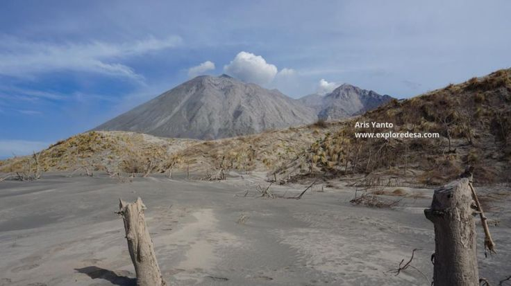 Sangeang Api Volcano, this is one of Indonesian Volcano erupts