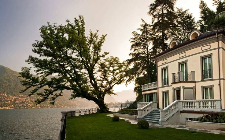 We've found You a Stunning #Villa on #Lake #Como Book Now http://www.castadivaresort.com/it/Resort.aspx?id=42#/Le-Ville-Private-sul-Lago-di-Como