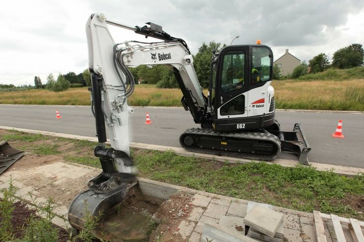 Bobcat has launched two new compact excavators in the 6-8 tonne weight range.