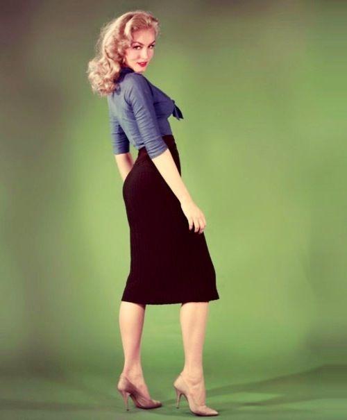 Julie Newmar, increíble en 1959