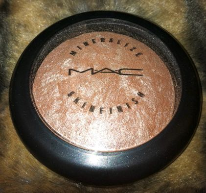 """Cheek Highlighter- MAC in """"Soft and Gentle""""Seriously amazing!"""