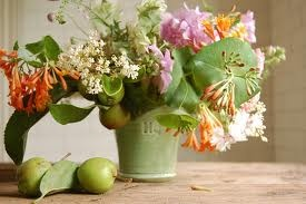 Gifts from the summer garden: Arrangements Ideas, Fall Tables Sets, Vase, Creative Ideas, Bouquets, Flower Arrangements, Natural Gardens, Floral Arrangements, Fall Flowers Arrangements