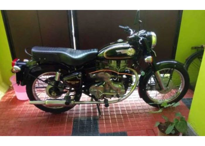 Royal Enfield Thiruvananthapuram, Excellent showroom condition Royal Enfield Bullet. Contact No: 9847088855