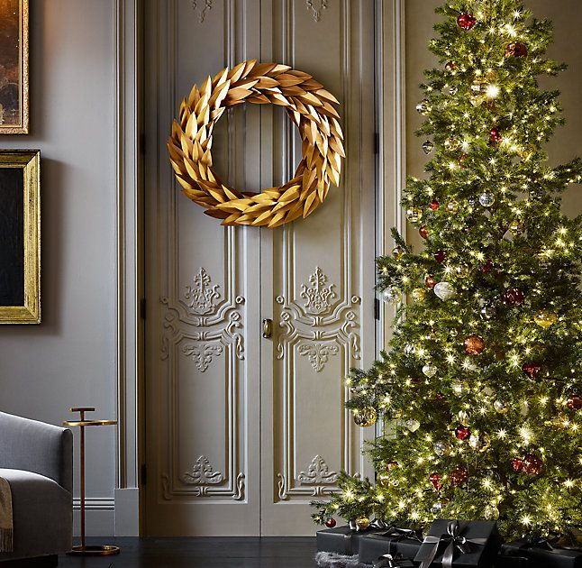 RH's Brass Laurel Wreath:Crown the season with our grand ring of bay laurel leaves, an emblem of peace, honor and glory since ancient Roman times. Crafted from solid brass, the matte leaves shimmer softly on flexible, adjustable stems.
