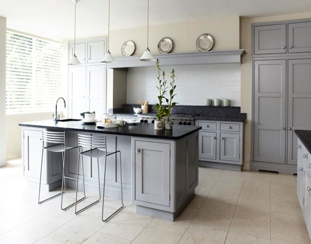 Pale grey Martin Moore kitchen, my dream kitchen. *sigh*     Symmetrical built-in storage cupboards