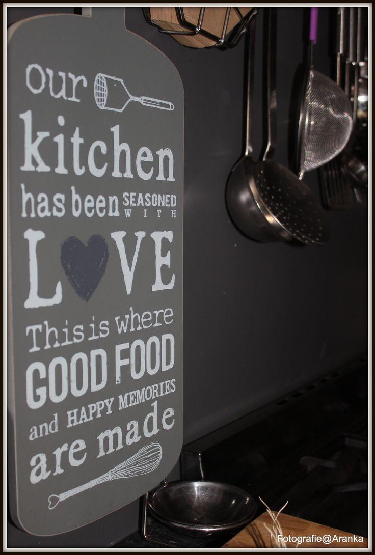 Deze hangt bij ons in de keuken