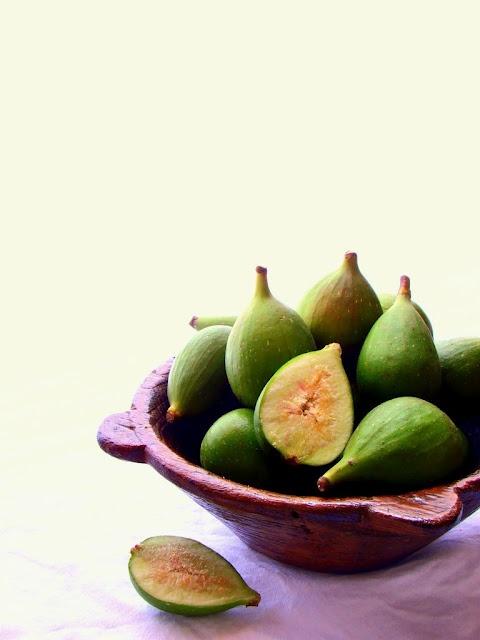 Lulu's Sweet Secrets: Green Fig Compote - Doce de Figo