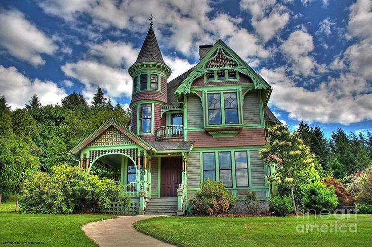 Castles in America | Historic Castle In Drain Oregon Photograph - Historic Castle In Drain ...