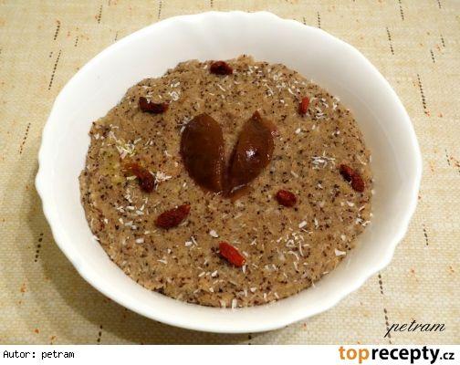 Amarantová kaše se semínky a oříšky