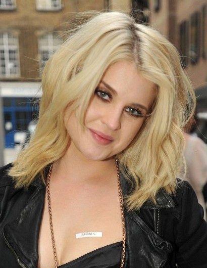 11 Pretty Medium Length Layered Haircuts for Women