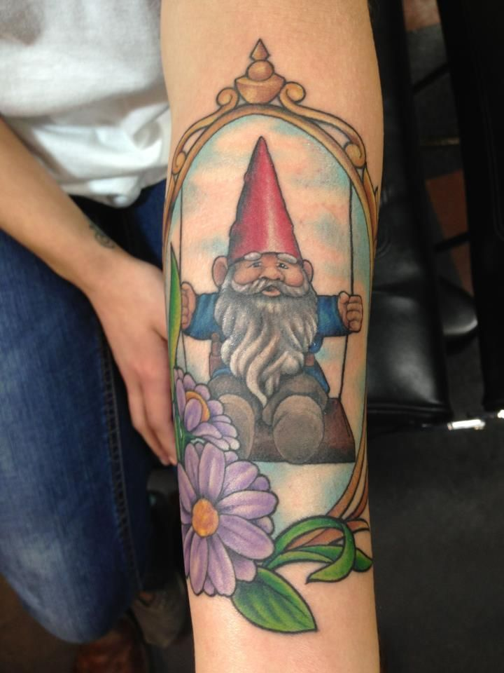 179 best tatouages de gnomes gnome tattoos images on for Garden gnome tattoo designs