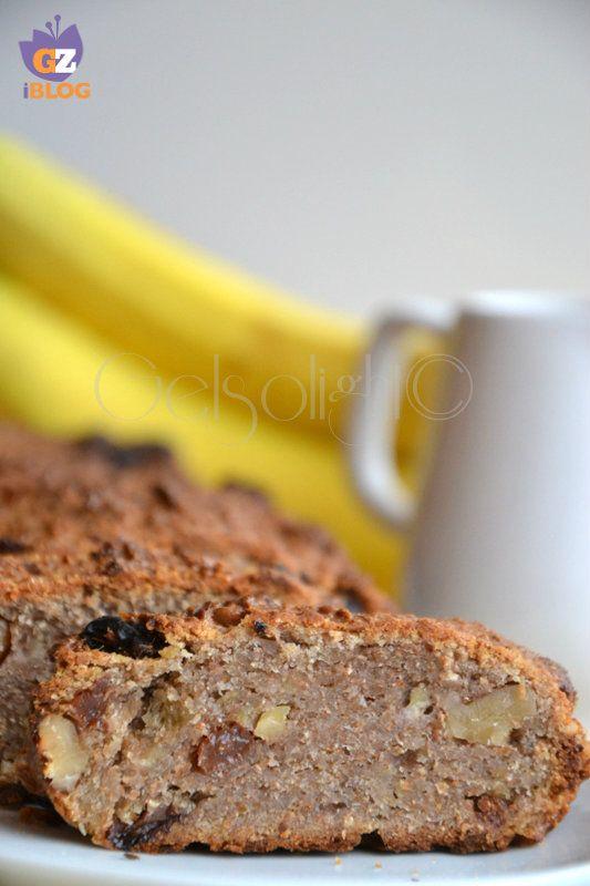 Torta alla banana noci e uvetta,  ricetta vegana senza zucchero