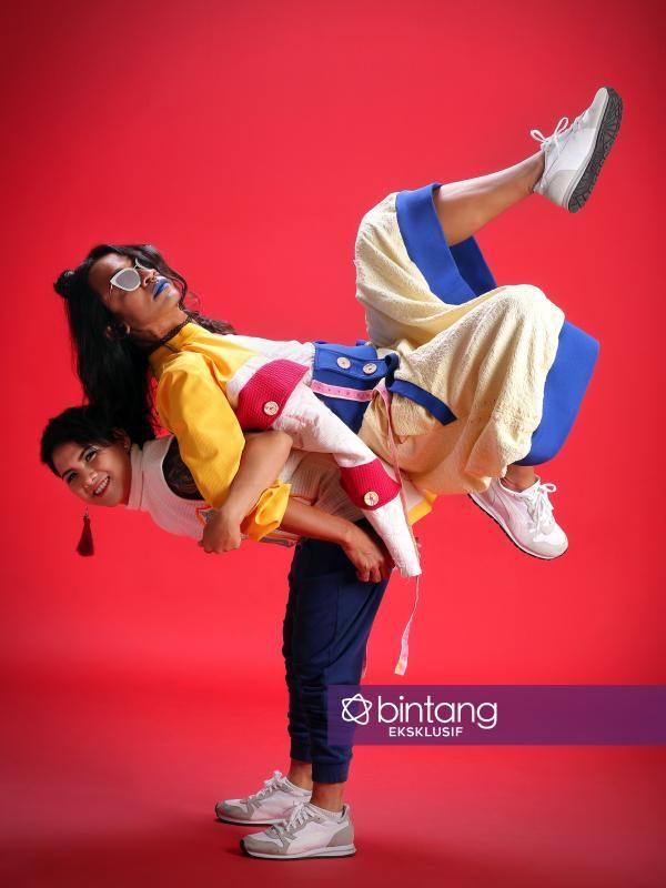 Rumah Tangga Aming dan Evelyn Bermasalah, Netizen Doakan Langgeng - http://wp.me/p70qx9-877