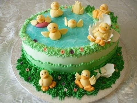Come decorare Torta con pasta di zucchero (How decorate a cake) di Italiancakes.wmv