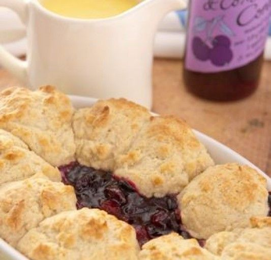 Blackcurrant and Apple Cobbler