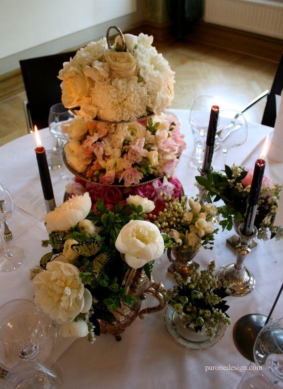 Kukkakahvit - Floral coffee #pöytäkukat #pöytäkoristelu #hääkukat #decoration #centerpiece #weddingflowers #hääkenraalit