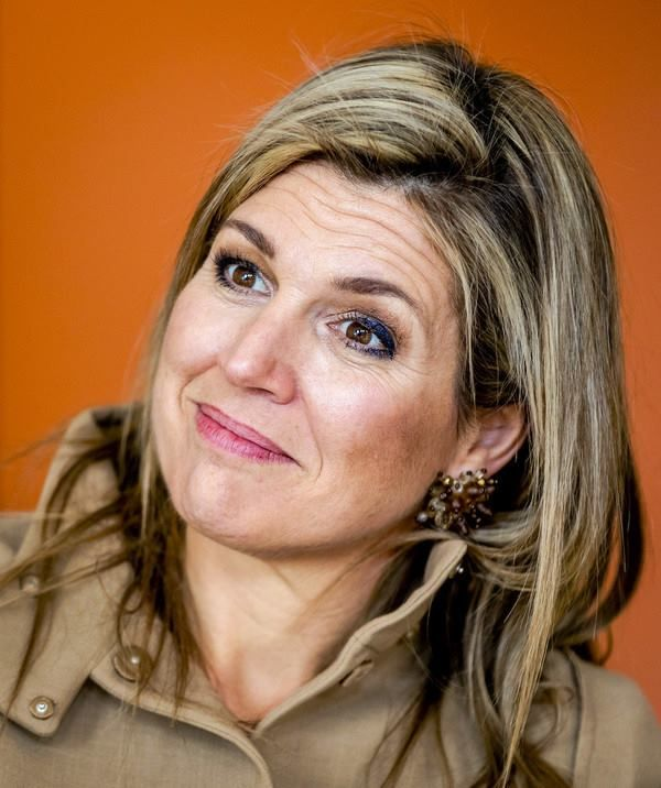 Queen Maxima visited the psychiatry department of the Academic Medical Center (Dutch: Academisch Medisch Centrum – AMC) in Amsterdam