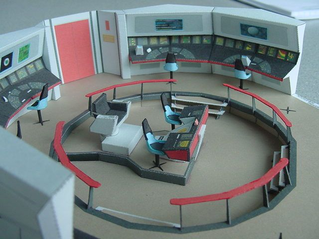A paper model of the Enterprise bridge you can download and make