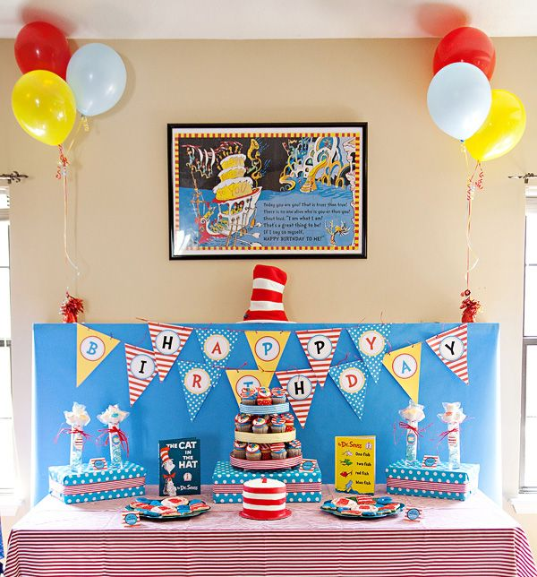 dr. seuss party: Birthday Parties, 1St Birthday, Seuss Birthday, Seuss Party, Dr. Seuss, Party Ideas, Birthday Ideas, Dr Seuss, Birthday Party