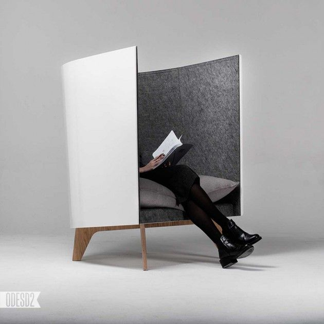 Ukrainian design studio ODESD2, have created a chair named V1.