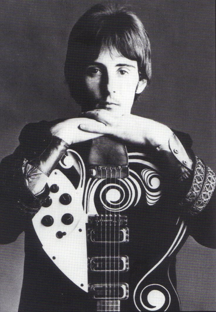 Denny Laine with his psychedelic Rickenbacker 1998