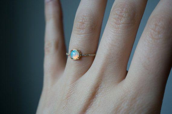 Ópalo y diamante anillo de compromiso Secreto diamante por SKindCo