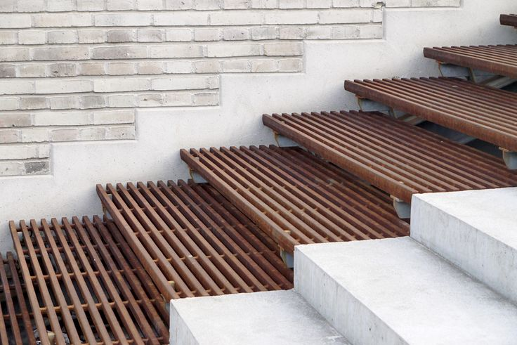 Wood and concrete steps Frederiksberg New Urban Spaces by SLA / Stig L. Andersson