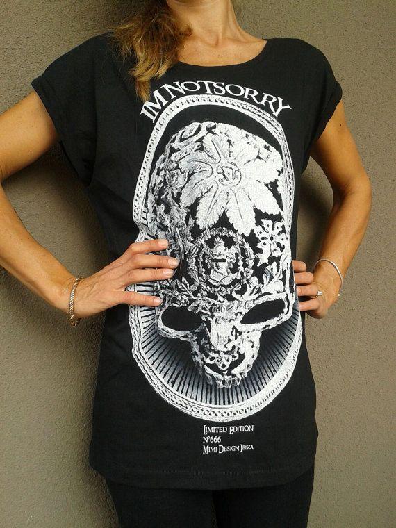 T-shirt donna nera cotone  Teschio Sassi bianco di IMNOTSORRYIBIZA