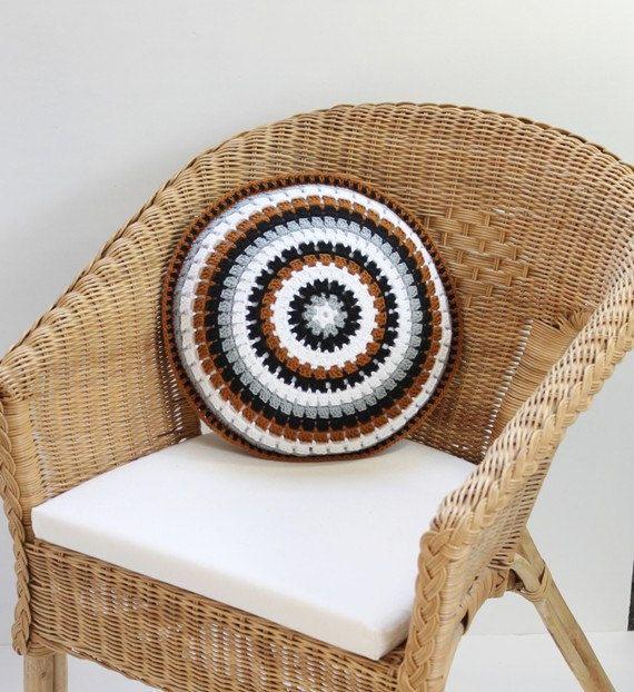 Crochet Cushion,Crochet Pillow,Round Cushion,Round Pillow,Crochet,Cushion,Round Crochet Pillow,Home Decor Gift,Black and White,Vintage style