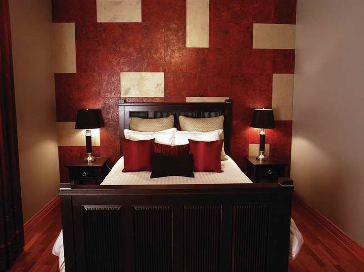 Color Bedroom For You Mom More Red Bedroomideas Red Wall Bedroom