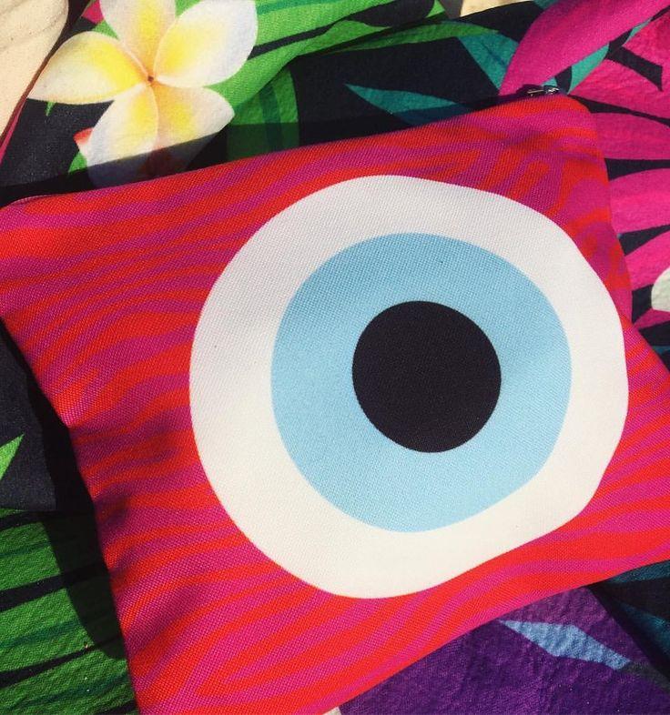 Tropics Evil Eye Bag #evileye #thiki #thikigreece #greece #clutches #bags #summer