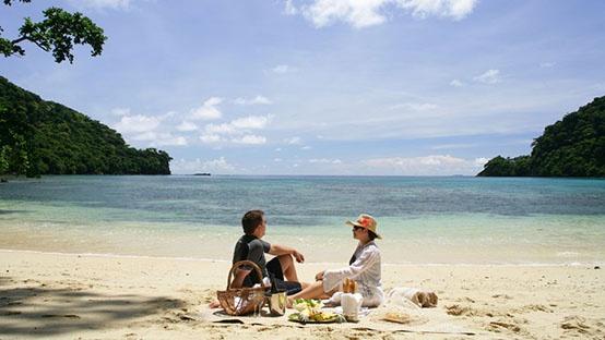 """Отель """"Matangi Private Island Resort"""" **** (остров Матанги, Северные острова, Фиджи)ю  Стоимость размещения - от 720 EUR за ночь.  Свадебные церемонии и отдых для молодожёнов.  Подробности: +7(495) 7421717, sale@inna.ru , www.inna.ru   Будьте с нами! Открывайте мир с нами! Путешествуйте с нами!"""