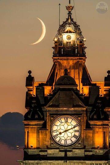 Edinburgh                                                                                                                                                                                 Mais
