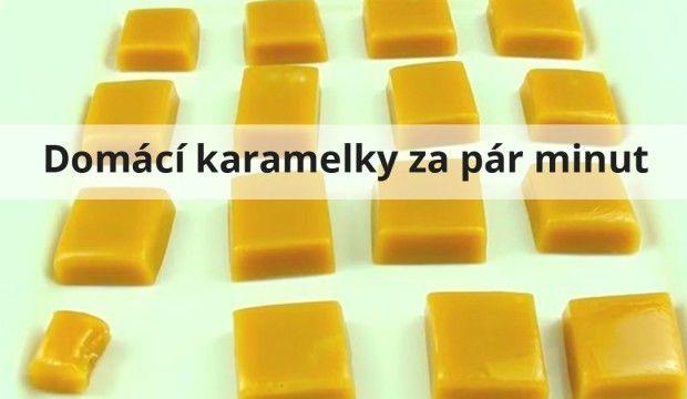 Bezchybné domácí karamelky za pár minut-1/2 šálku sirupu (můžete použít např. kukuřičný, cukrový, javorový atd.),1/4 šálku rozpuštěného másla,1/2 šálku slazeného kondenzovaného mléka,špetka soli,1/2 šálku cukru krystal,1/2 šálku třtinového cukru.