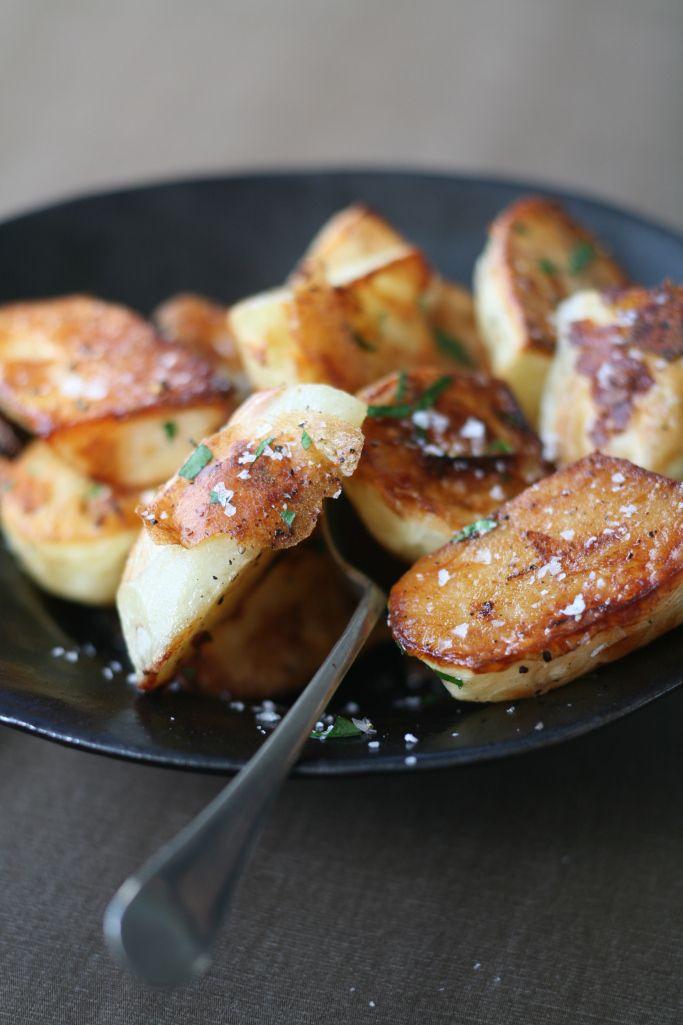 RECIPE: Curtis Stone's Crispy Roasted Potatoes http://greatideas.people.com/2014/12/17/curtis-stone-crispy-roasted-potato-recipe/