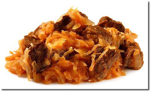 Szegediner Gulasch (beef stew w/ sauerkraut) - best with mashed ...