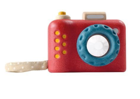 My First Camera- Your budding photographer will absolutely love this beautifully crafted camera.  Super cute with it's bold colours, little hands will love holding it and snapping away.  With a kaleidoscope lens, it adds a whole other effect.  Comes with a wrist strap. #toysforkids #learningtoys #giftideas #stockingfillers