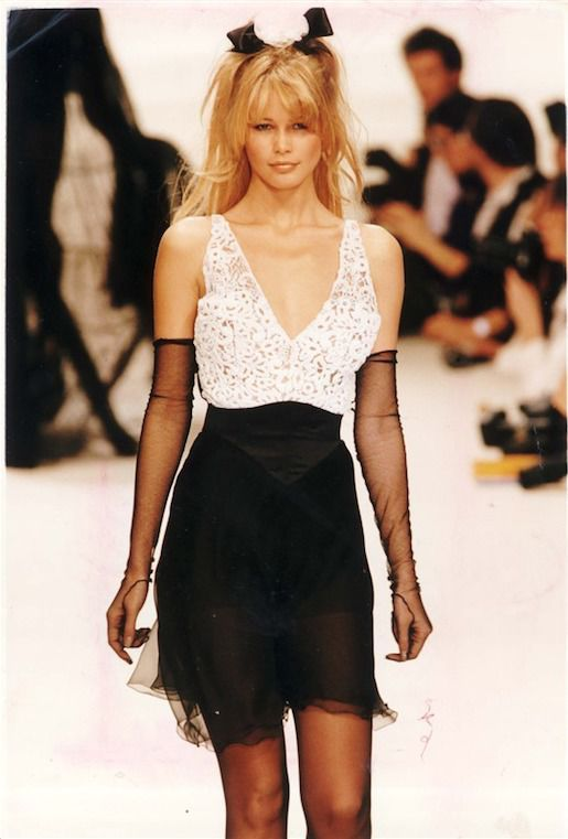 Claudia Schiffer, Chanel, 1993 r., fot. East News