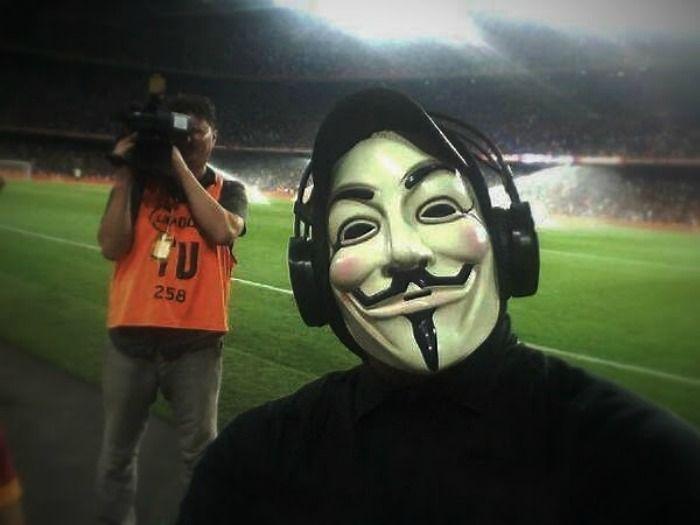 vorini-gr: Επίθεση των Anonymous στο επίσημο σάιτ του Μουντιάλ