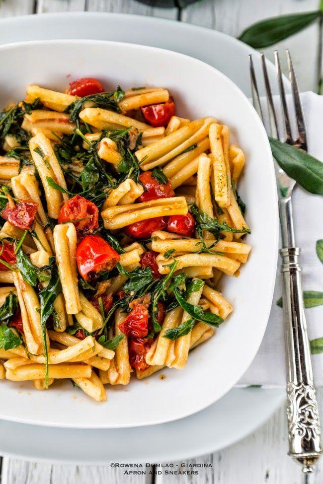 Pasta mit Rucola und Tomaten Wilde