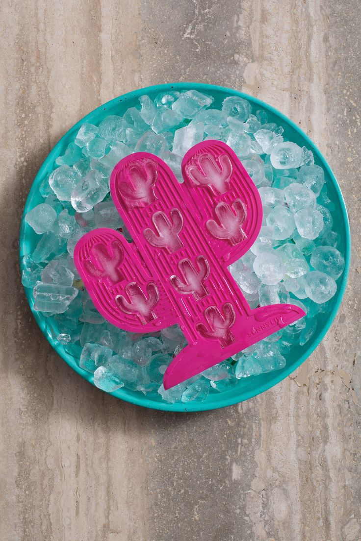 7.5 x 0.6 x 8.3 Inches Silicone Add a splash of fun to your summer drinks selection. Each tray produces 8 icy cacti - flexible silicone for easy use and cleaning. Also great as chocolate molds!                                                                                                                                                                                 Plus