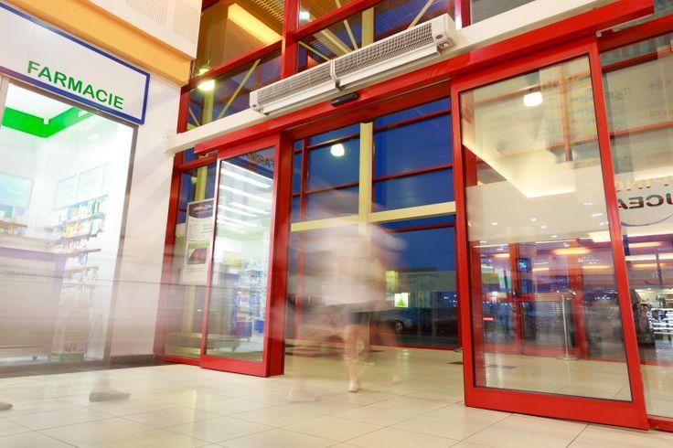 8 dintre ușile de la Suceava Shopping City au fost schimbate cu cele automate glisante marca Record. Pentru centrul comercial a fost aleasă calitatea ușilor automate Record, iar Suceava Shopping City a devenit parte din cele 26 de proiecte ale producătorului Record în România (distribuit prin Siatec, divizie Aluterm Group).